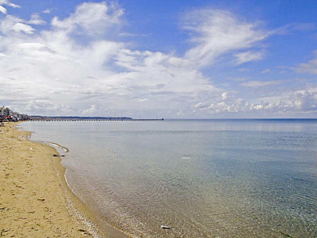 Peraia beach