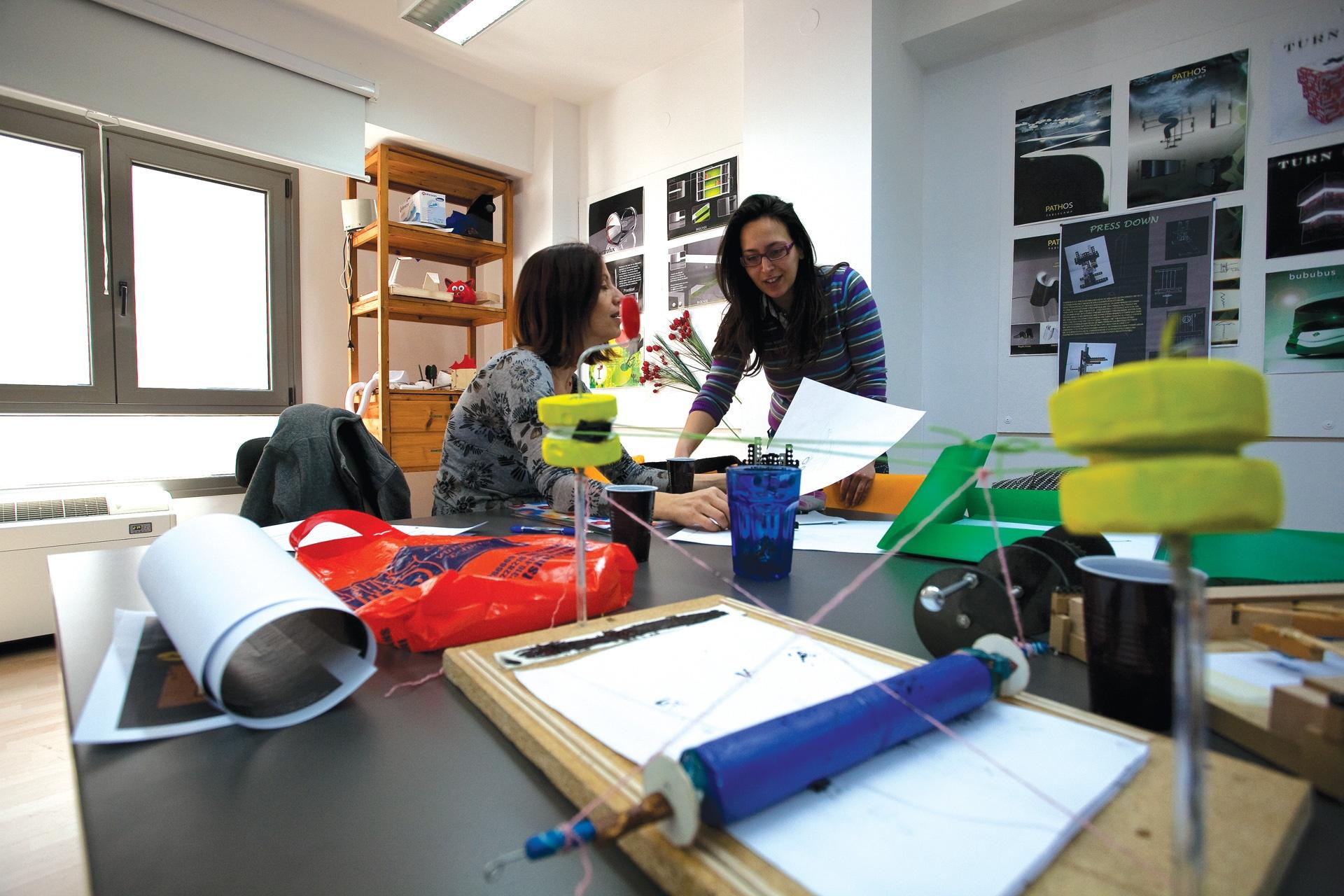 Graphic print studios
